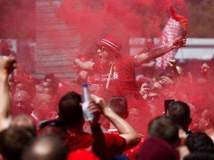 Dev final öncesi Madrid savaş alanına döndü