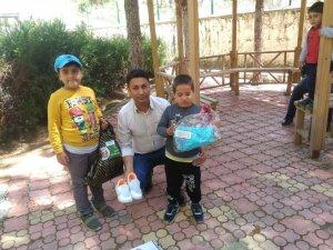 Sason'da 150 çocuğa bayramlık kıyafet dağıtıldı