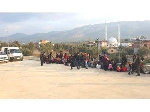 Afgan göçmenler jandarmadan kaçamadı