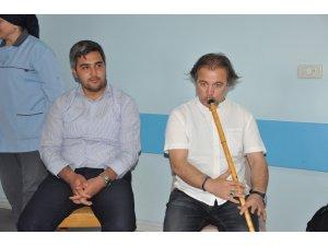 Afyonkarahisar'da psikiyatri hastalarına ney dinletisi