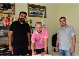 Manisa BBSK Ceyhun Cabadak ile sözleşme yeniledi