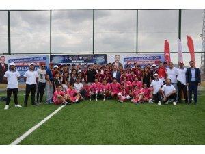 Beyzbol'da Şampiyon İzmir Oldu