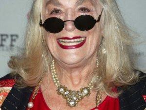 Oscar tarihine geçen Sylvia Miles hayatını kaybetti