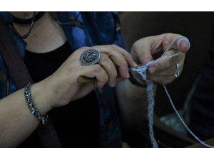 Dünya Örgü Günü'nü şiş ve tığlar ile kutladılar