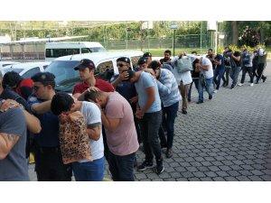 Samsun'da uyuşturucu operasyonunda gözaltına alınan 16 şahıs adliyede