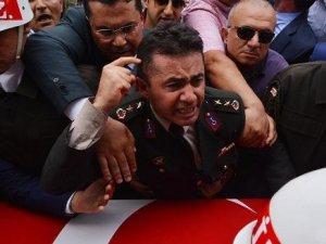 'FETÖ üyeliğinden' yargılanan Yarbay Alkan beraat etti