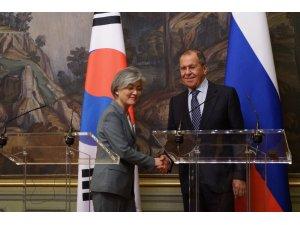Lavrov, Güney Koreli mevkidaşıyla görüştü