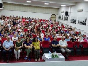 Burhaniye'de öğretmenlere mesleki eğitim semineri