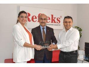"""Vali Demirtaş'a """"Özel Ödül"""""""