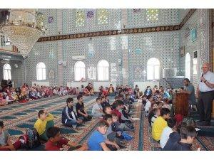 Bozüyük'te camiler şenlendi