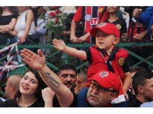 Eskişehirspor'un kutlamaları festivali aratmadı