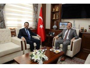 Bayburt cumhuriyet eski başsavcısı Tiryaki, Bayburt Valisi Pehlivan'a veda ziyaretinde bulundu