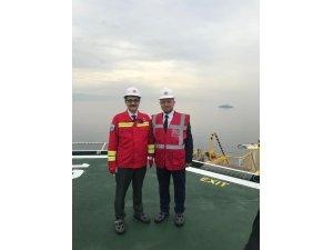 İl Başkanı Karabıyık, Yavuz sondaj gemisinin Akdeniz'e uğurlanış programına katıldı