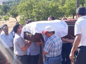 Bozok Ailesi gözyaşları arasında toprağa verildi