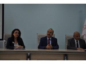 """Kars'ta """"Etçi Irklar ve Melezlerinin Yaygınlaştırılması, Sürü Büyütme ve Yenileme Desteklemesi"""" toplantısı"""