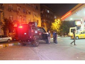 Sultangazi'de akaryakıt istasyonunda silahlı soygun