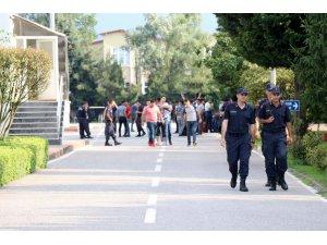Sakarya İl Jandarma Komutanlığında görevli 58 asker erken terhis oldu