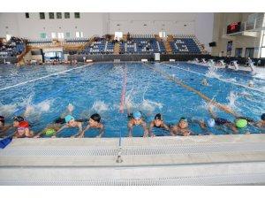Ücretsiz Yaz Spor Kursları bin 475 çocuğun katılımıyla başladı