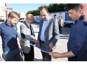 Başkan Altay, Muhacir Pazarı inşaatında incelemelerde bulundu