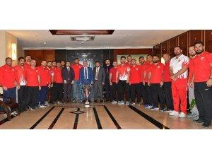 ASKİ Spor Kulübü Yağlı Güreşçileri Kırkpınar Yolcusu