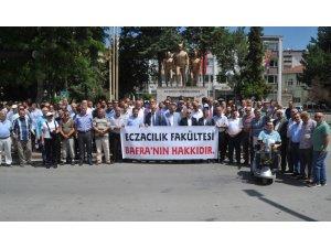 Bafralılar Eczacılık Fakültesi için basın açıklaması yaptı
