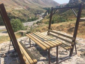 Bitlis'teki parklarda temizlik çalışması