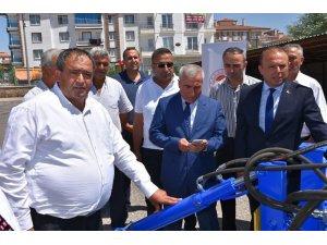 Aksaray'da Ziraat Odasına ekipman desteği