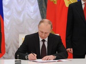 Dünyayı korkutan gelişme! Putin imzaladı...