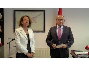 Türkiye'den Kayıp Şahıslar Komitesi'ne 100 bin dolarlık destek