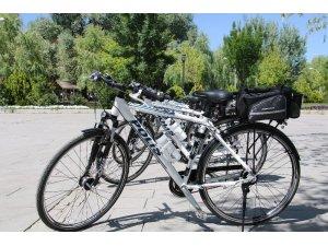 Başkentte bisikletli polis dönemi