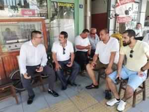 Başkan Erdoğan, pazar yerinde esnafla kahvaltı yaptı