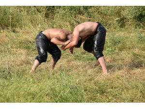 Balıkesirli güreşçiler Kırkpınar'da