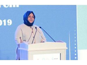 """Aile, Çalışma ve Sosyal Hizmetler Bakanı Zehra Zümrüt Selçuk: """"2007-2018 yılları arasında OECD ve AB ülkeleri arasında genç istihdamı oluşturmada birinci sıraya yükseldik"""""""