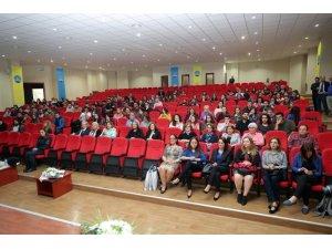 Trakya Üniversitesinde Edirne'de kadın olmak konuşuldu