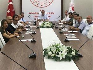 Diyarbakır'da anız yangınlarını önleme toplantısı yapıldı