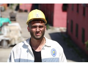 18 yaşındaki futbolcu, madenci oldu
