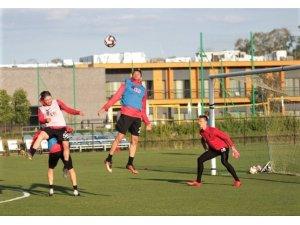 Eskişehirspor Polonya'da yeni sezon hazırlıklarına başladı