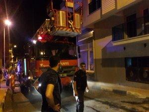 Patlayan klima evde yangın çıkardı: 3 yaralı