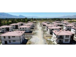 'Köysel Dönüşüm' kapsamında örnek köy evlerinde sona gelindi