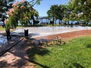 Körfez'in parkları elden geçiriliyor