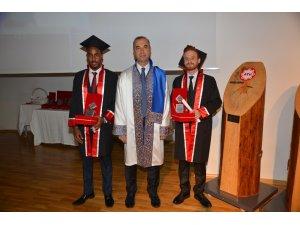 ATÜ'de mezuniyet coşkusu