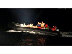 Lastik botla 41 kişinin umut yolculuğu böyle görüntülendi