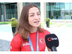 """Buse Naz Çakıroğlu: """"2020 Tokyo Olimpiyatları'na giden ilk kadın boksör olmak istiyorum"""""""