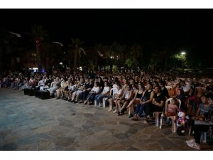Denizli'de yaz konserlerine yoğun ilgi