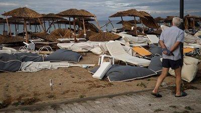 Yunanistan'da fırtına can aldı: 6 turist hayatını kaybetti
