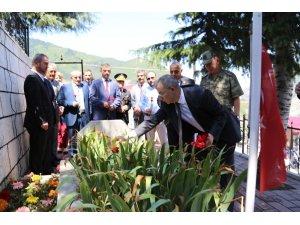 15 Temmuz'da garnizon şehitliği ziyaret edildi
