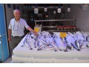 Tezgahlar kafes balıklarına kaldı