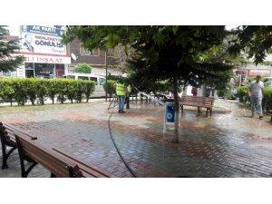 Pazaryeri'nde cadde ve sokaklar her gün temizleniyor