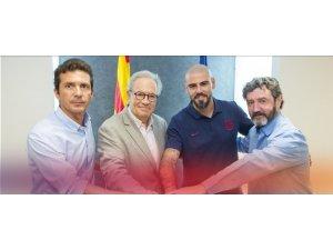 Valdes yeniden Barcelona'da...