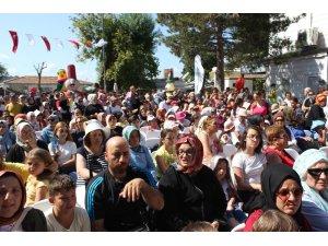 Kanlıca 4. Yoğurt Festivali renkli görüntülere sahne oldu